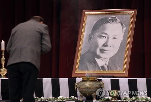 노백린 장군 지난 추모식 모습.                                연합뉴스