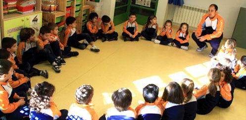 스페인 마드리드에 위치한 협동조합 학교 '발레까스' 수업 모습. GSD누리집