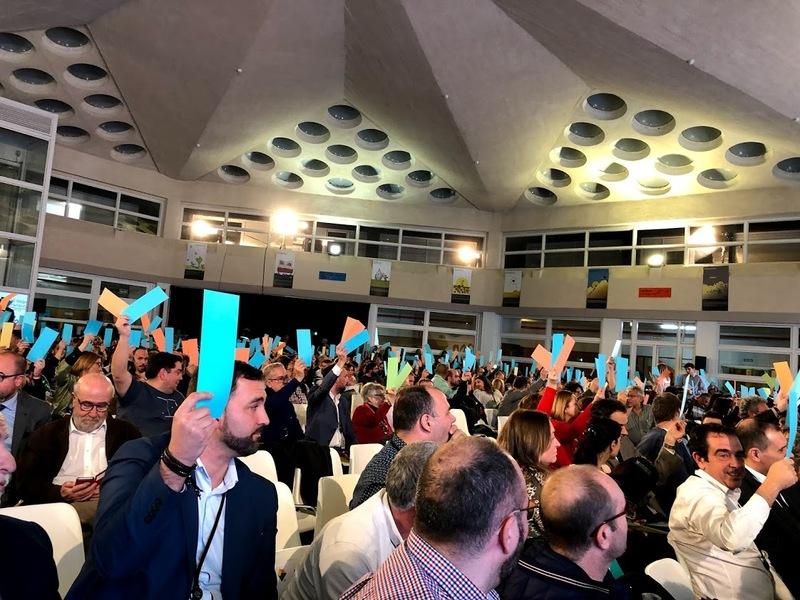 스페인 마드리드의 협동조합 학교 GSD의 총회 모습.  경상남도교육청 학교협동조합 추진단 제공