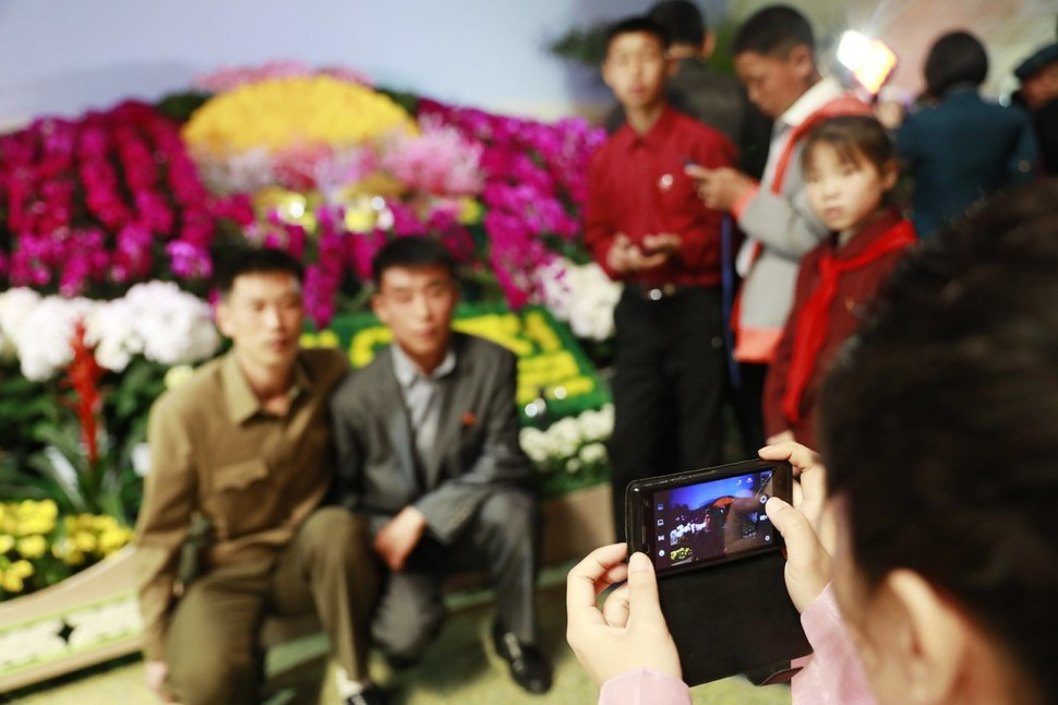 North Korea's smartphone industry rapidly on the rise