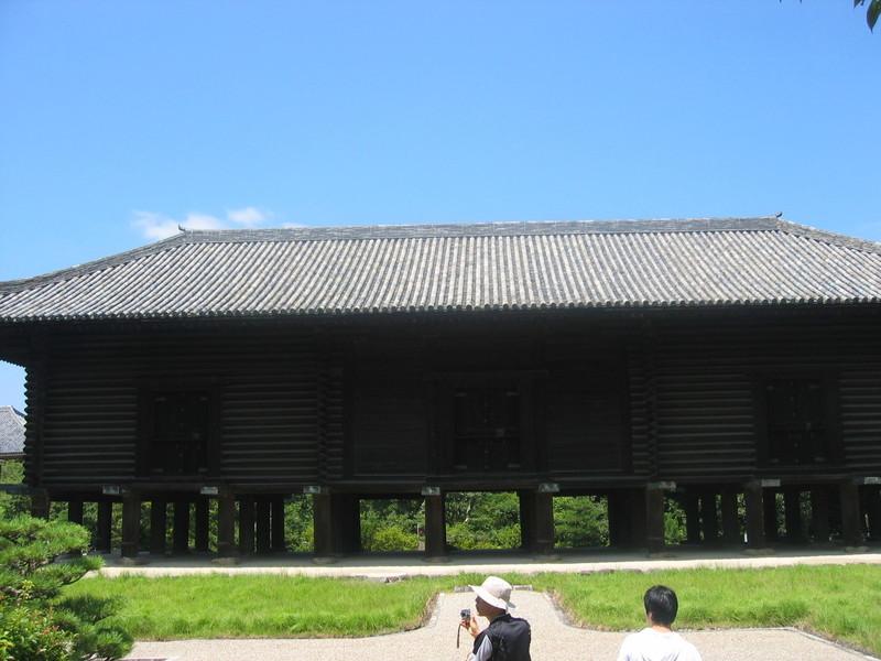일본 나라현 도다이지(동대사)에 있는 왕실 유물창고인 쇼소인(정창원)에는 신라에서 만들어지거나 신라를 경유해 일본으로 들어간 많은 유물들이 보관돼 있다. 권오영 교수 제공