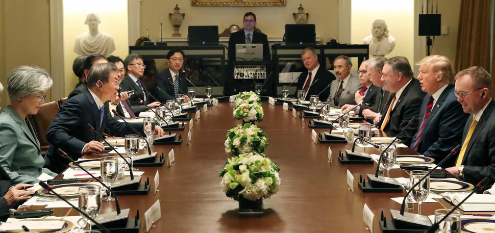 Moon and Trump discuss 3rd NK-US summit via another inter-Korean summit