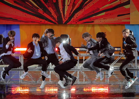 News analysis] Analyzing K-pop's explosion onto the global stage