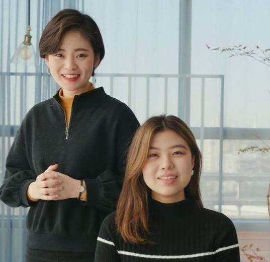 뉴닉 창업자인 김소연 대표(왼쪽)와 빈다은 최고운영책임자. 뉴닉 제공