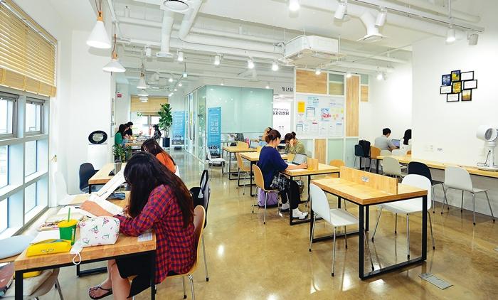 청년취업 '준비→합격' 원스톱 서비스 제공
