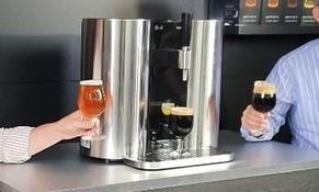 LG가 '캡슐 맥주' 행사를 영국대사관서 한 '웃지 못할' 이유는?