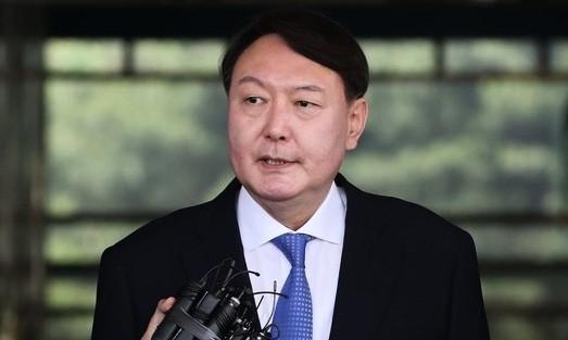 윤석열 총장 내정자 윗기수 9명 옷벗어…검찰 물갈이 폭 커지나
