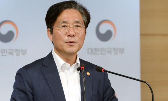 """성윤모 산업장관, 세코 일본 산업상에 """"대화할 준비 돼있다"""""""