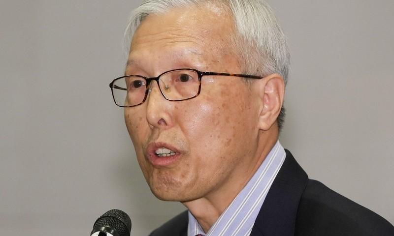 """신각수 전 주일대사 """"일본은 '마타도어', 한국은 '음모론'"""""""