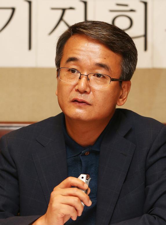 김창록 경북대 법학전문대학원 교수. 연합뉴스