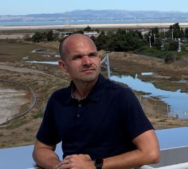 보비 홀리스 페이스북 글로벌 에너지·환경·입지선정 총괄이사