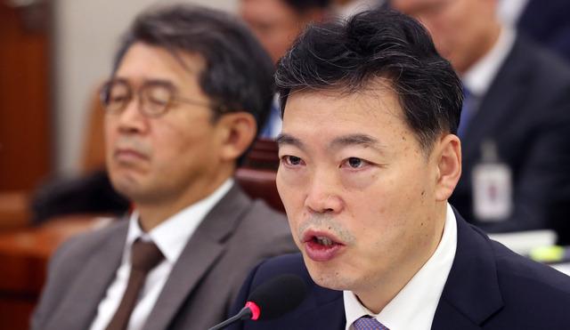 '조국 없는' 법사위 국감...화두된 '검찰개혁'