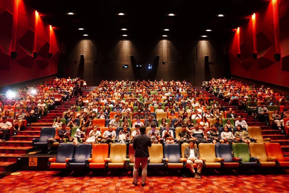 Enthusiastic audience support a new movement in South Korea film ...