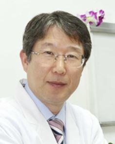 인문연구원 동고송의 유용상 이사장.